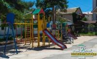 Отель Акуна Матата детская площадка